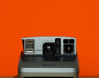 Polaroid Camera One600 Ultra Silver & Box - *discount Impossible Project 600 Colour Instant Film Pack Offer With This Camera*