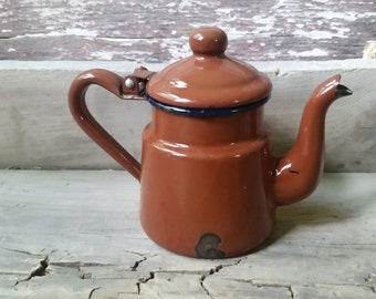 Enamelware tea pot, chippy tea pot vintage, small teapot, farmhouse kitchen decor