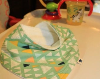 ORGANIC Cotton and Bamboo Baby Bib - Triangles