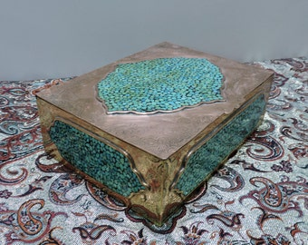 Jewelry box-(Turquoise and copper engraved body)-joyero-portagioie-boite a bijoux-schmuckkasten-jewelry organizer-jewelry storage