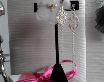 Earrings the elegant 2