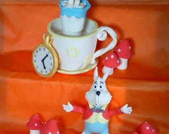 Alice in Wonderland Edible sugar paste decoration cake topper birthday