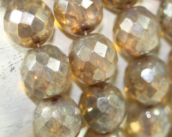 Czech Faceted Round 12 mm 10 Pcs