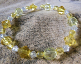 Yellow and white crystal bead elastic bracelet