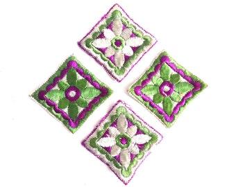 Set of 4 square 1930s Floral appliques, Vintage embroidered applique. Vintage floral patch, sewing supply. #645G116K26