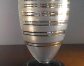 Vase art-deco