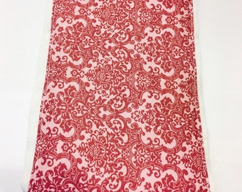 Burp Cloth Rose Damask