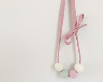 Colorful Wool Felt Necklace for Baby and Kids, PASTEL Colors, Pink and white DOTS, Handmade Felt and Cotton Necklace, Nursery Gifts, Pink