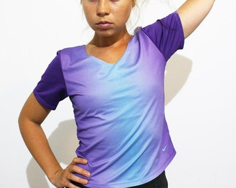 NIKE Fitness Stretch Top T-shirt  Purple Ombre