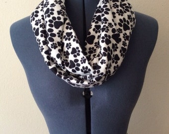 Paw Print Infinity Scarf / Animal Paws / Paw Scarf / Black and White Scarf / Animal Lover / Animal Print / Flannel / Infinity Scarf
