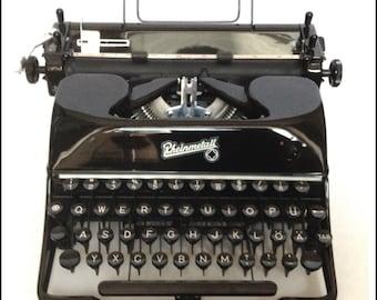 Rheinmetall KsT Manual Portable Typewriter - PRISTINE!!