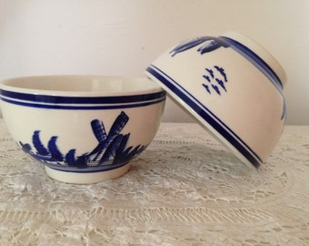 2 vintage French bowls, café au lait bowls, French breakfast bowls, blue and white coffee bowls