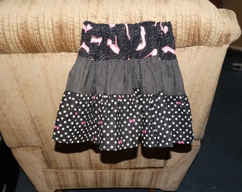 size 2 / 3 toddlers skirt black/white/pink