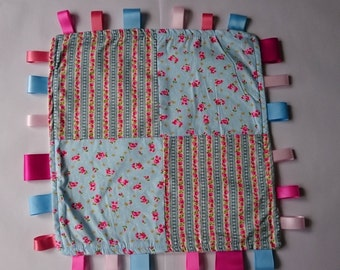 Taggy Security Sensory Blanket, Large Floral.