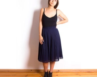Vintage 80s, Navy Blue, Waistband, Summer, Cute, Pleated, School Skirt // Size M-L