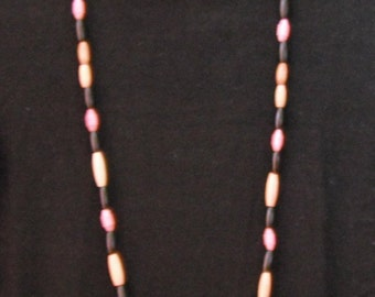 Black and pink beads necklace 06