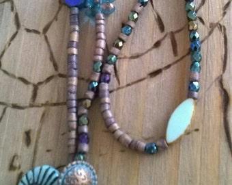Short chain beaded Starfish grey/blue