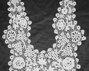 Victorian Wearable Large Lace Fashion Collar With Pair Cuffs