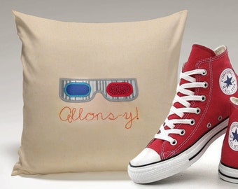 Allons-y! 3D Glasses Applique and Embroidery Design File