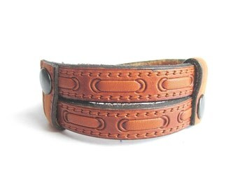 Mens leather cuff bracelet, adjustable leather bracelet, brown leather bangle, mens embossed leather bracelet, italian jewelry