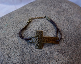 Adjustable Metal Cross Leather Bracelet