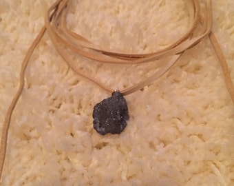 Leather Choker Wrap Necklace with Druzy