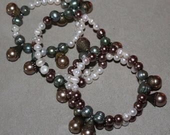 Hazelnut bracelet/Bracelet à la noisette