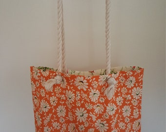 Cotton bag with rope handle