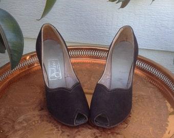 Vintage 1940's Brown Suede, Vintage Peep toe, 1940's shoe