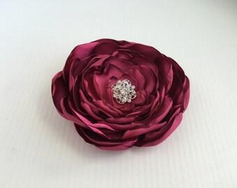 Berry Flower Hair Clip.Berry brooch.pin.Pink Flower Headpiece.Wedding hair piece.Bridesmaid.Flower Girl.Corsage.Fabric Flower.Flower Pin
