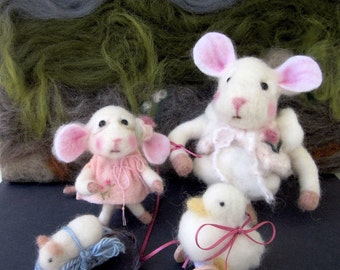 Needle Felted Mice and Toy Dolls- Set of 4/ Heirloom Collectible/ Tale of Two Sisters
