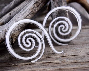 Made To Order || Captured White | Borneo Snakes | Gauged Glass Body Jewelry for Stretched Piercings by Glassheart