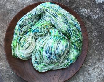 doppio SEA TURTLE SPECKLE super wash merino.cashmere.nylon fingering yarn