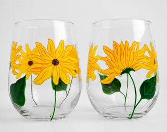Sunflower Wine Glasses - Painted Wine Glasses - Mothers Day Gift - Set of 2 Stemless Glasses, Sunflower Glasses, Sunflowers, Gift for Mom