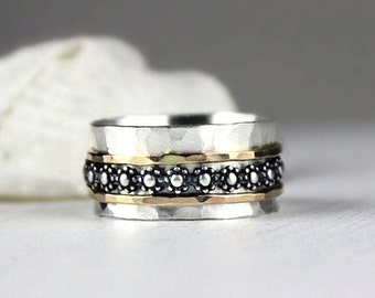 Hammered Silver Spinner Ring with Flower Band and Gold Accents, Daisy Chain Meditation Ring, Fidget Ring