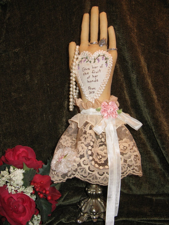 Mailed Cloth Doll Pattern- 16in Beautiful Hand Shaped Ring Holder