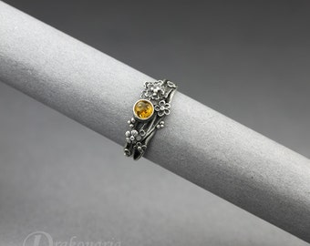 Twig ring - Baltic amber in silver, sculpted flowers, limited collection