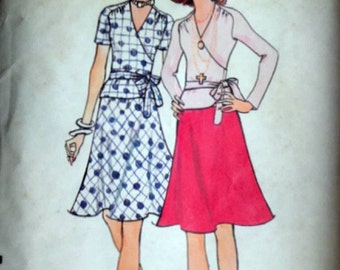 Vintage 70's Vogue 8534 Sewing Pattern, Misses' Two-Piece Dress, Size 14, 36 Bust, 1970's Fashion