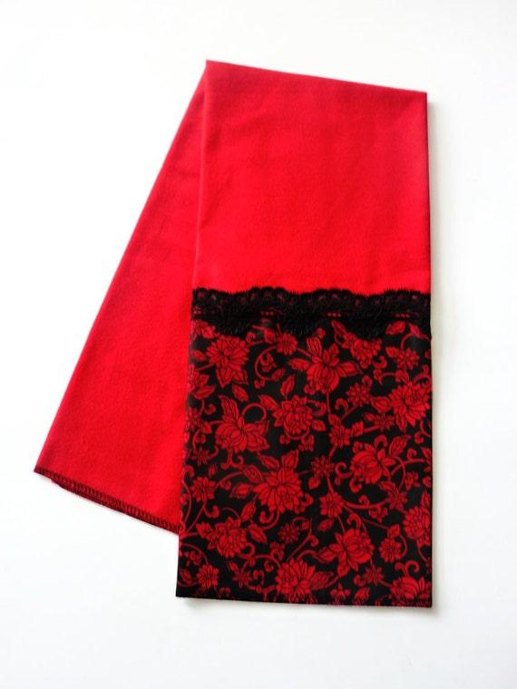 Vampire Halloween Towel - Kitchen Towel - Halloween Decoration - Stove Handle Towel - Hand Towel - Dish - Prep Towel - Kitchen Decor - Black