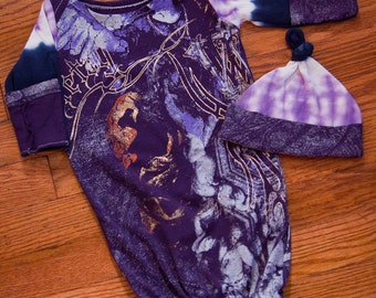 Purple Gold abstract Graphic Infant Baby Layette Gown and Knot Hat