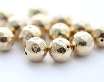 Gold Acrylic Beads Carved Etched Round 14mm (12)