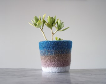 modern planter - felted plant pot - succulent or cactus planter - shades of blue and mauve - waterproof plant liner - gifts for gardeners