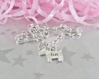 Hand Stamped Personalized Sterling Silver Dog Charm Bracelet. Sterling Silver Bracelet. Charme Chien. Birthday Gift. Cadeau D'anniversaire