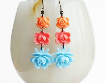 Carved Flower Rose Dangle Earrings Vintage Carved Resin Rose Earrings Pink Blue Peach Floral Jewelry Retro Vintage Style