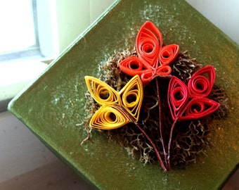 Tiny Fall Foliage Box - Quilled Papercraft Trinket Box for Autumn - Painted & Handcrafted Embellished Papier Mache Leaves Gift Box or Decor