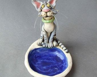 Gray Tabby Cat Sculptural Dish