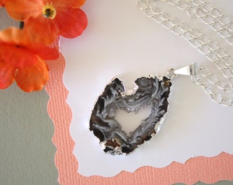 Geode Necklace Silver, Crystal Necklace, Geode Agate Slice, Druzy Pendant, Natural Geode, GS10