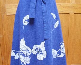 Wrap skirt, Blue wrap skirt, Hawaii wrap skirt, Blue + white wrap skirt, Hawaiian flower skirt, osfm