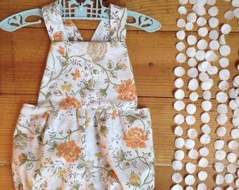 Romper baby girl 6 month photo outfit girl half birthday photo prop boho jumper jumpsuit sunsuit bloomers vintage floral print 6m 6 m