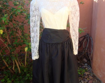 Vintage Gunne Sax Dress Lace Top Over Strapless Full Skirt Tulle Slip Black & White Dress Size 11